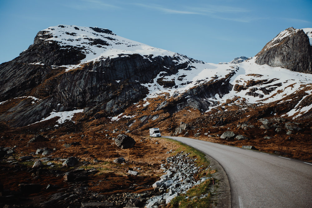 MATKAILUAUTOLLA NORJAAN - Matkailuauto käytössä tai muuten vaan Norja kiinnostaa? Täältä vuoria ja vuonoja.