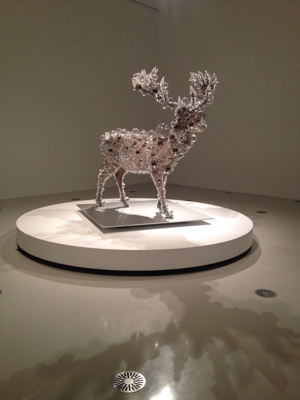 Kohei NAWA - PixCell-Red Deer (2012)