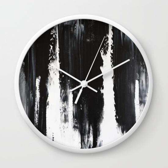 vik210651-wall-clocks.jpg
