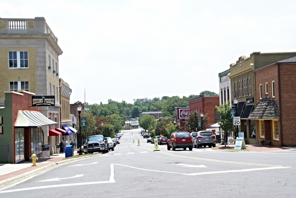 Main Street, downtown Belmont