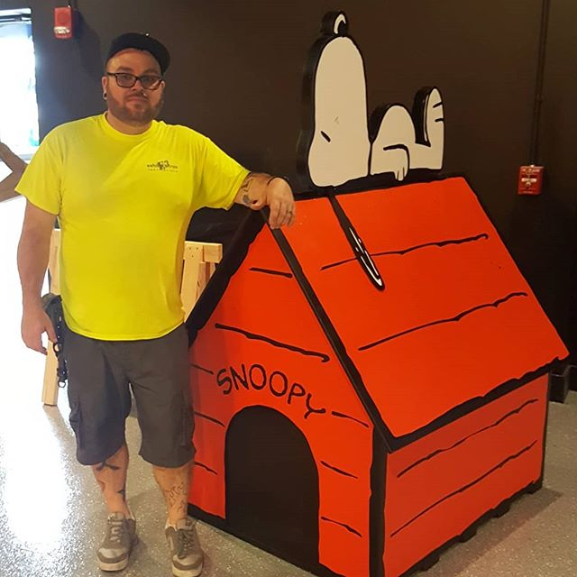 I built dis big ass doghouse.
