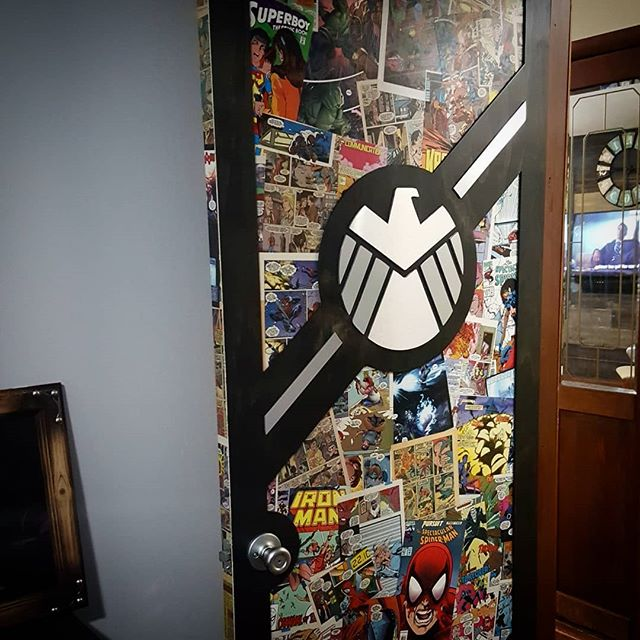 Made a SHEILD door for my son's room. I didn't realize how hard it was to photograph a door.  Stay tuned for a video on this project.  #gearboxdesigns #marvel #comicbook #modpodge #agentsofshield #nickfury #topsecret #maker #makesomething