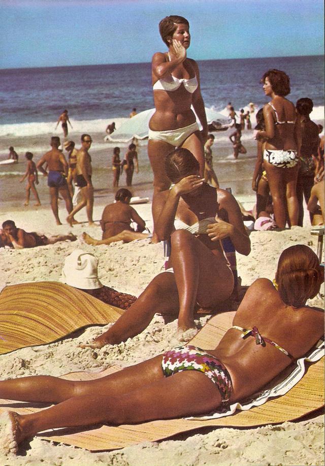Everyday women in Rio De Janeiro in the 1970's