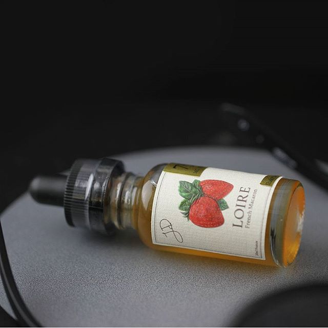 Strawberry Macaron CBD.  Available on our site. #vapecbd #vapelife #vapeporn #eliquid