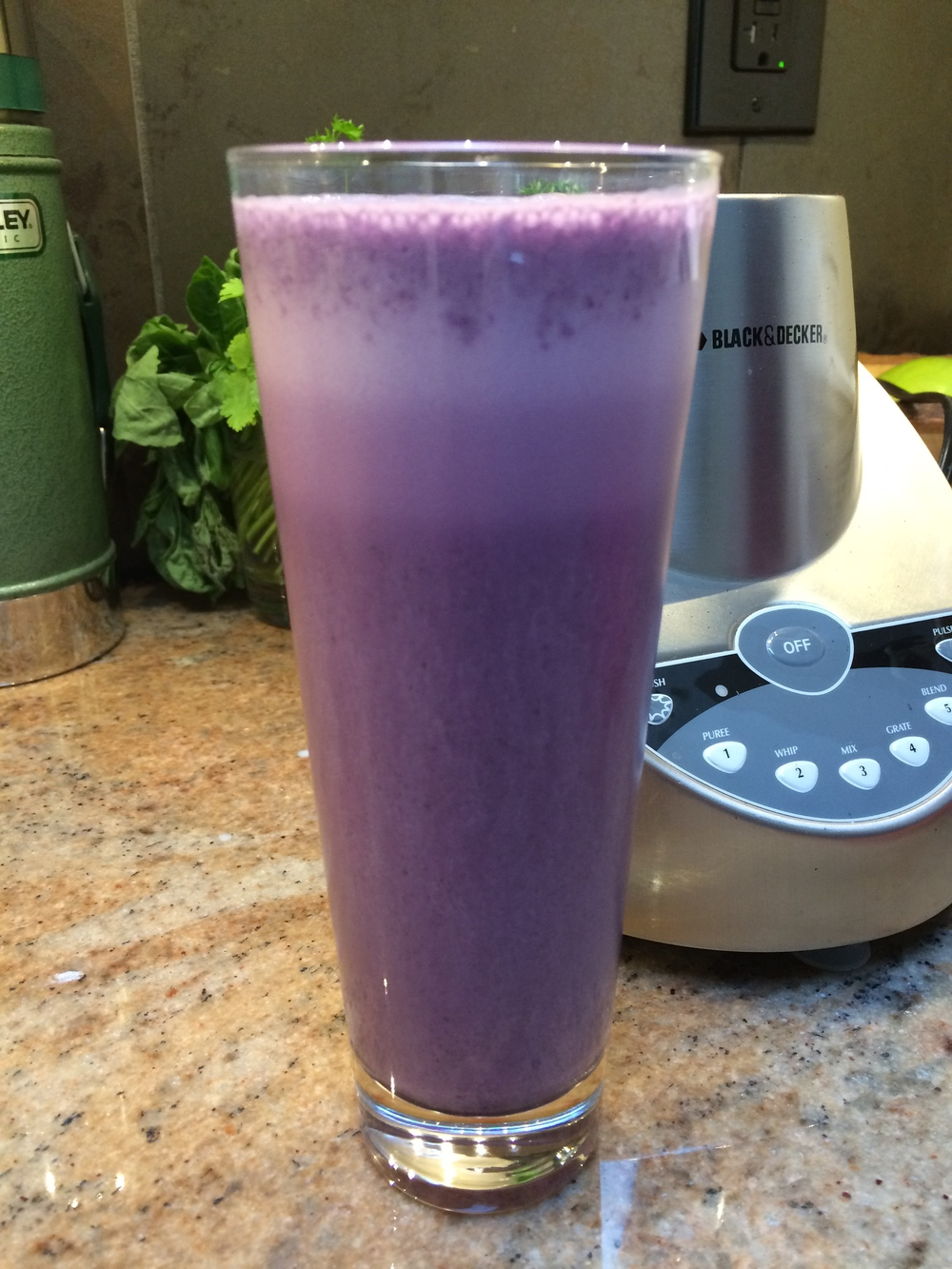 blueberryalmondmilk.jpg