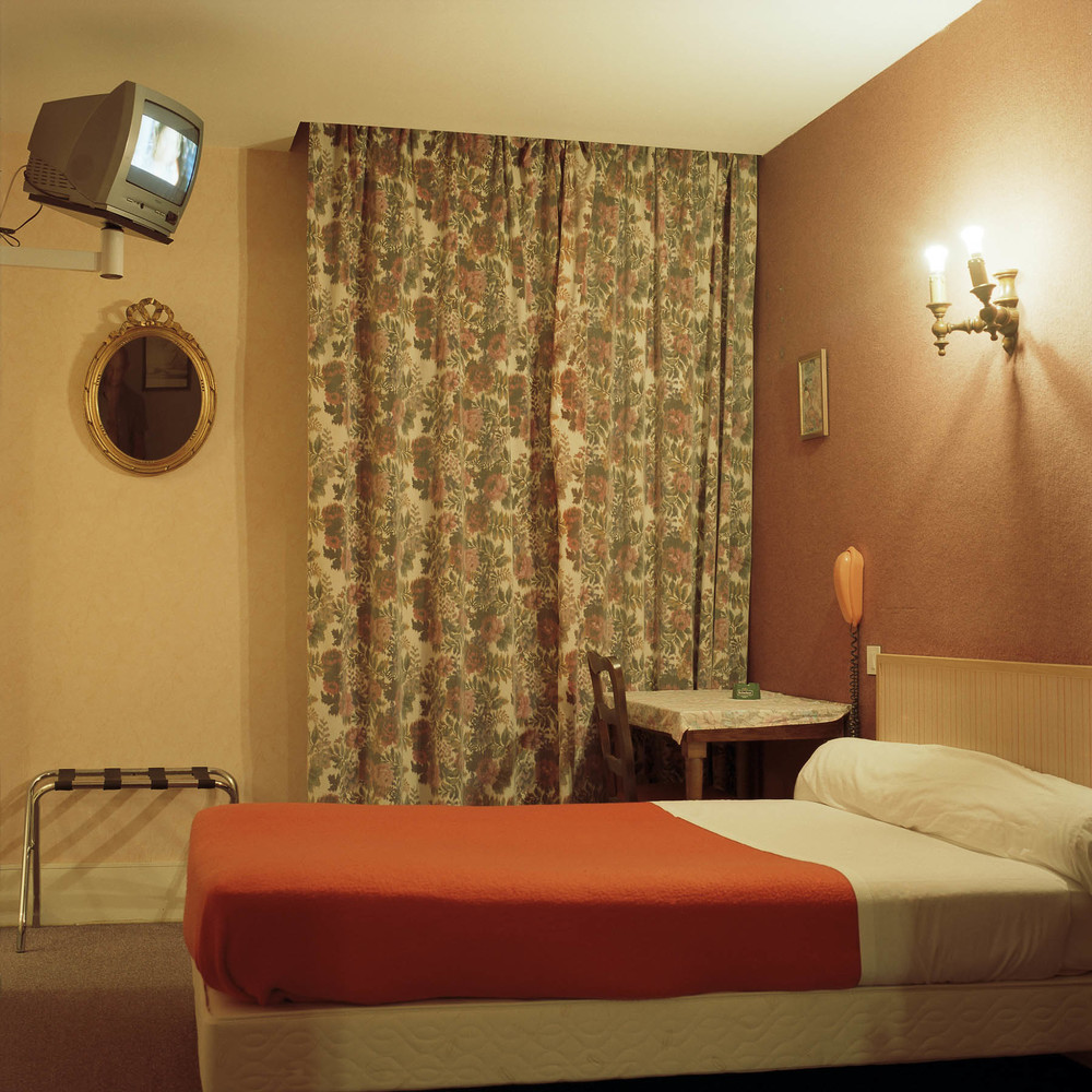 HOTEL FRANCE #02