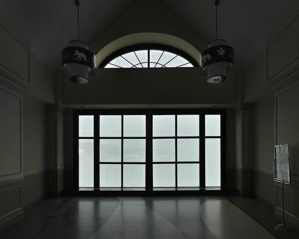 WINDOW NIAGARA FALLS #01