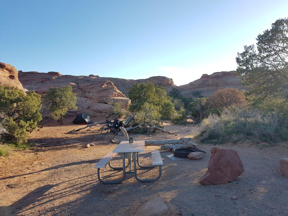 Mon emplacement de camping. Top