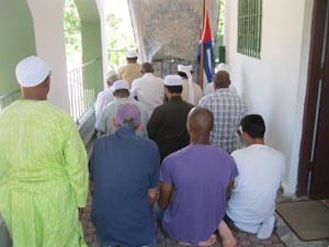 For now, Muslims in Havana gather in Imam Yahya's home to pray toward Mecca.