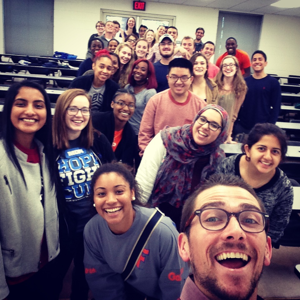 Check out this super-cool class of Intro. to Islam students...what a shame they had that dorky-looking TA up front.