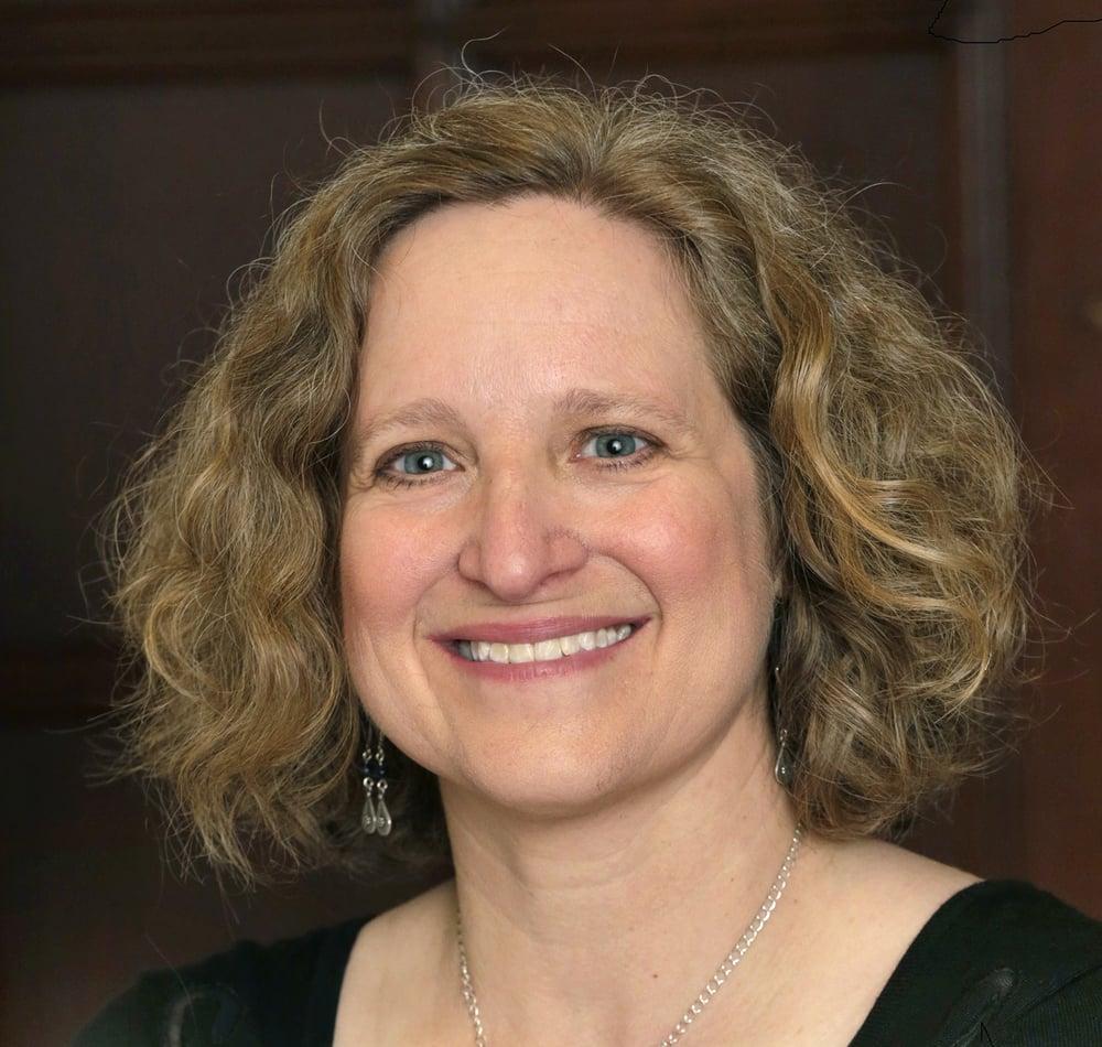 The author Linda K. Wertheimer.