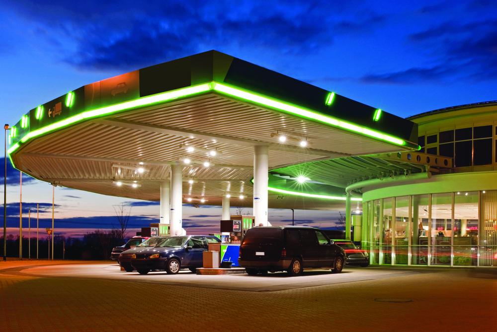 gas station2.jpg