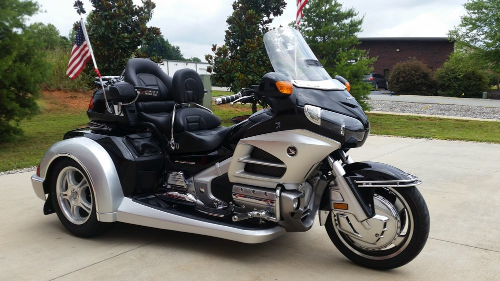 2012 Honda GL1800 Roadsmith trike black and silver