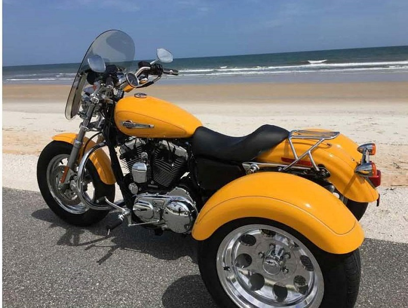 trike on beach.800.jpg