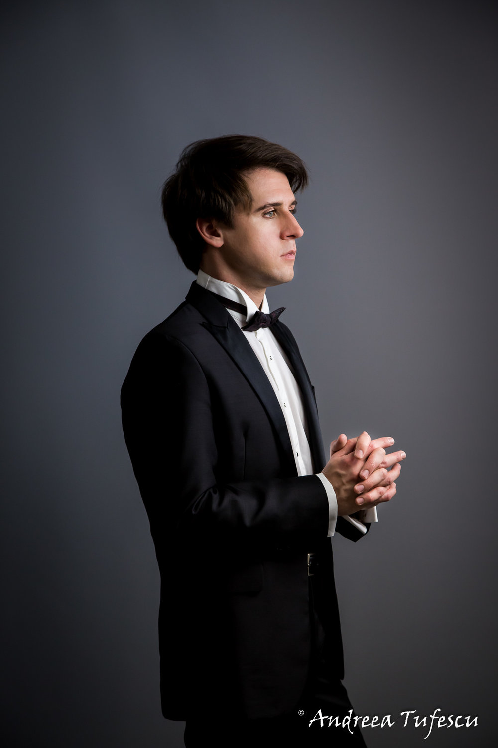 Pianist Vitaly Pisarenko - portraits and headshots by London photographer Andreea Tufescu