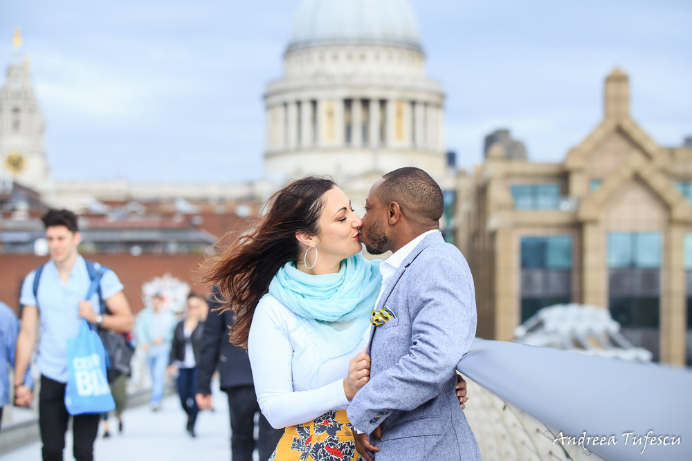 Dylan & Sandy Engagement Photoshoot Central London - images by Andreea Tufescu