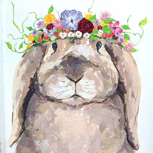 The bunny king has his crown! 👑 . . . #animalillustration #artistsoninstagram #animalpainting #illustratorsoninstagram #illustration #gouache #gouachepainting #floral #floralpainting #dailyart #dailysketch #dailypainting #bostonartist