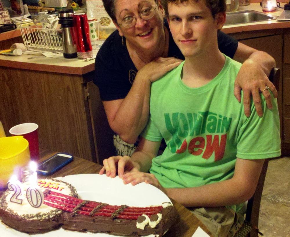 Banjo Birthday cake.jpg