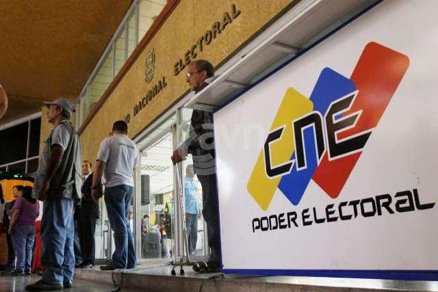 CNE Libros de Campaña.jpg
