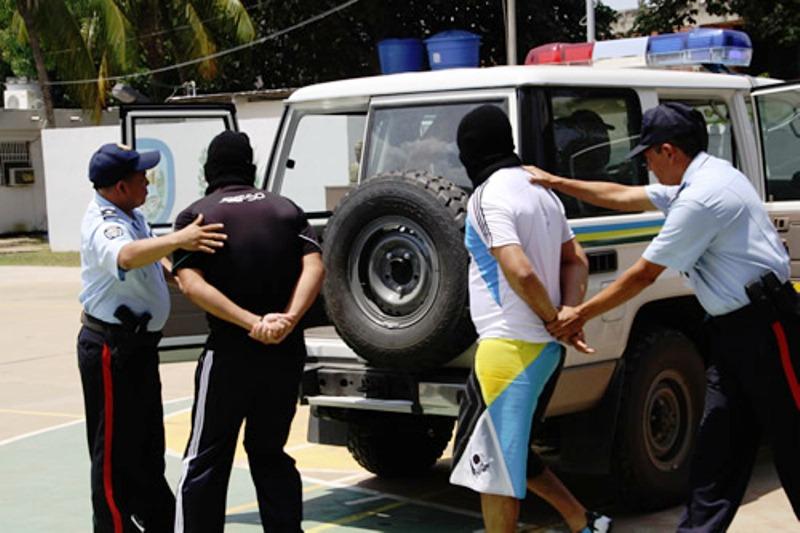 La comisión policial que los delincuentes fuesen linchados Foto: Cortesía