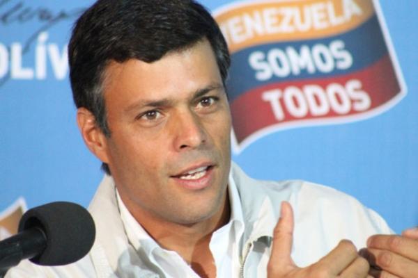 """López solo pidió conquistar la democracia por vías constitucionales: """"Eso no constituye delito"""". Afirmó Juan Carlos Gutierrez. Foto: archivo."""