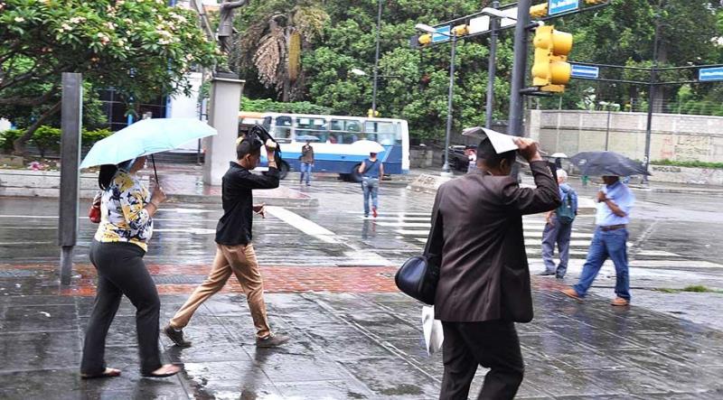 Se estiman precipitaciones dispersas en la tarde de este viernes Foto: Archivo
