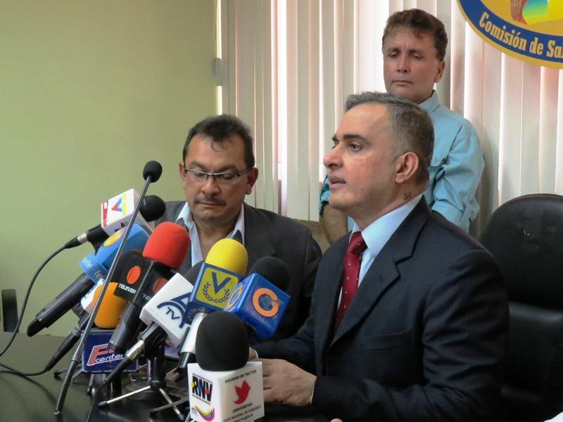 El Defensor del Pueblo ofreció detalles del programa desarrollado Foto: Luis Méndez U-rich