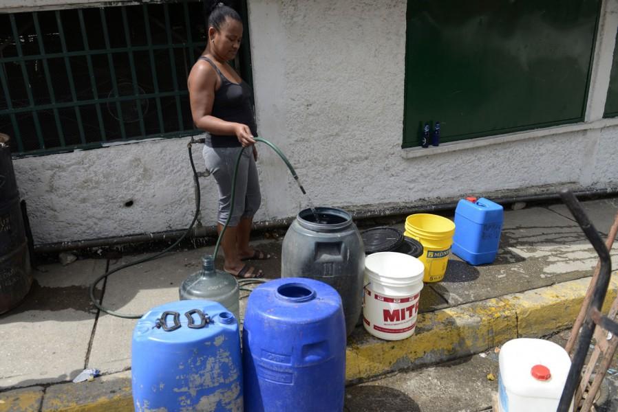 El Gobierno no ha tomado medidas para resolver la escasez del agua. Foto: archivo.