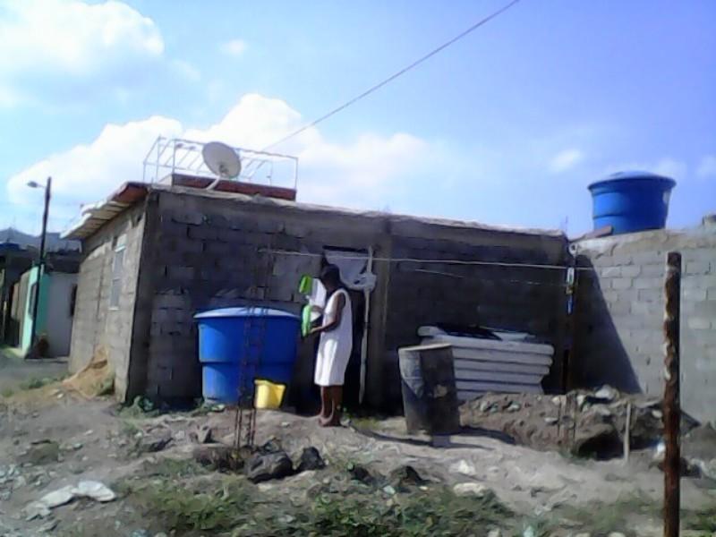 Apenas 50 viviendas cuentan con servicio eléctrico y ninguta cuenta con el agua Foto: Juan Afonso