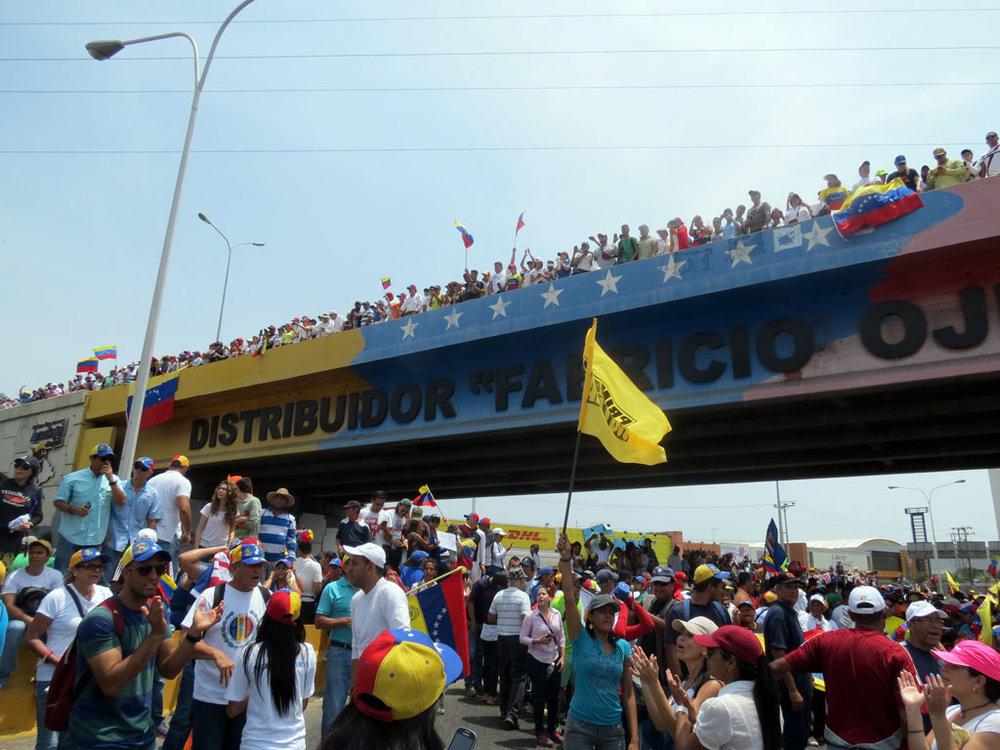 Opositores en Anzoátegui se concentraron luego de marchar desde tres puntos Foto: Luis Méndez Urich