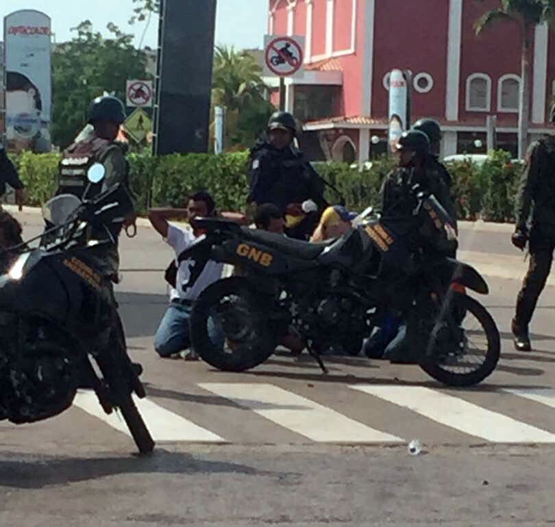 78 detenidos dejó la manifestación de este 19 de abril en Anzoátegui Foto:@manuelferreiraG