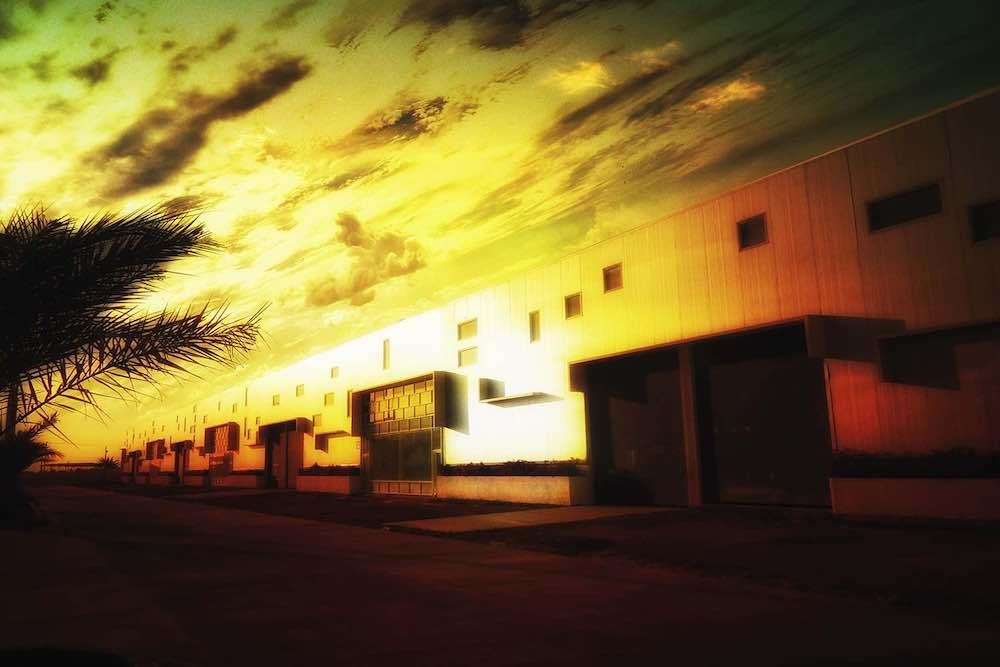 Instalaciones del Parque Industrial Aerocentro construido por  Constantino Bonaduce