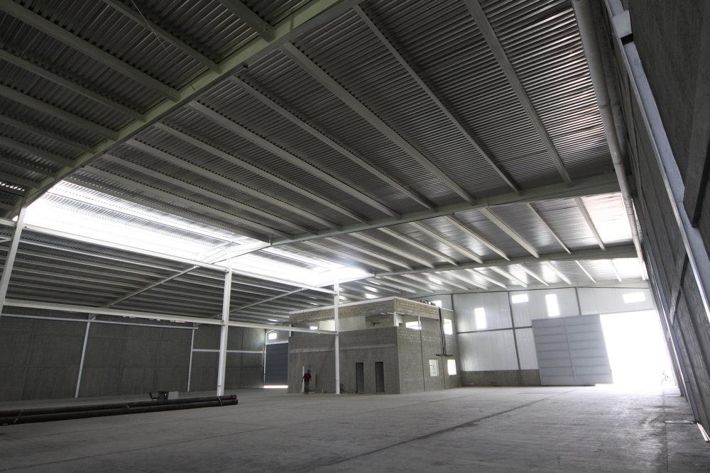 Infraestructura del parque industrial Aerocentro de Constantino Bonaduce / Foto: Chucho Toro