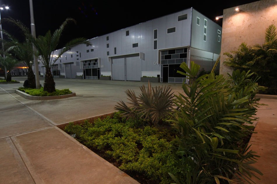 Instalaciones del Parque Industrial Aerocentro, construido por Constantino Bonaduce