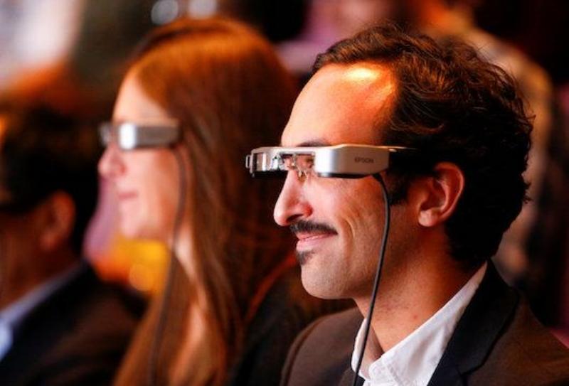 wearable-intelligent-glasses-2.jpg