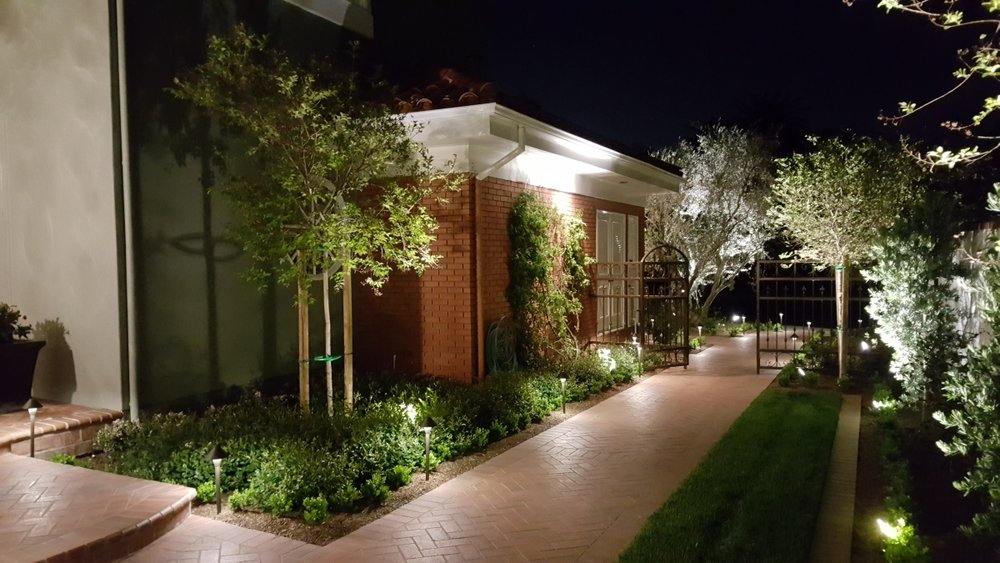 Newport Coast LED Landscape Lighting