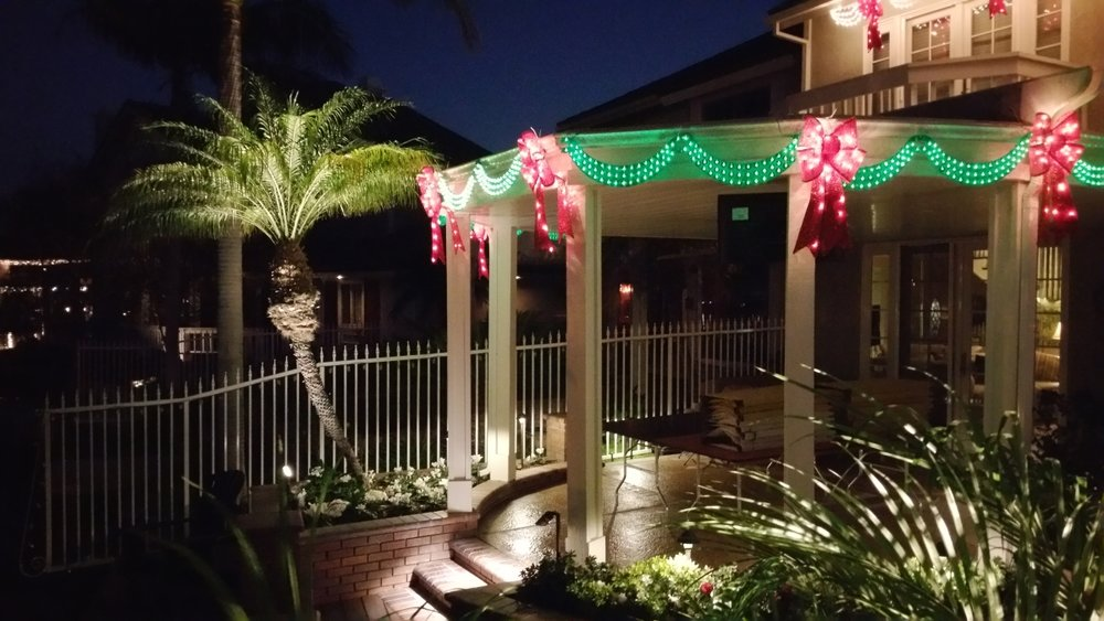 Optimized-rear xmas sr outdoor landscape lighting led halogen oc nightlights inc.jpg