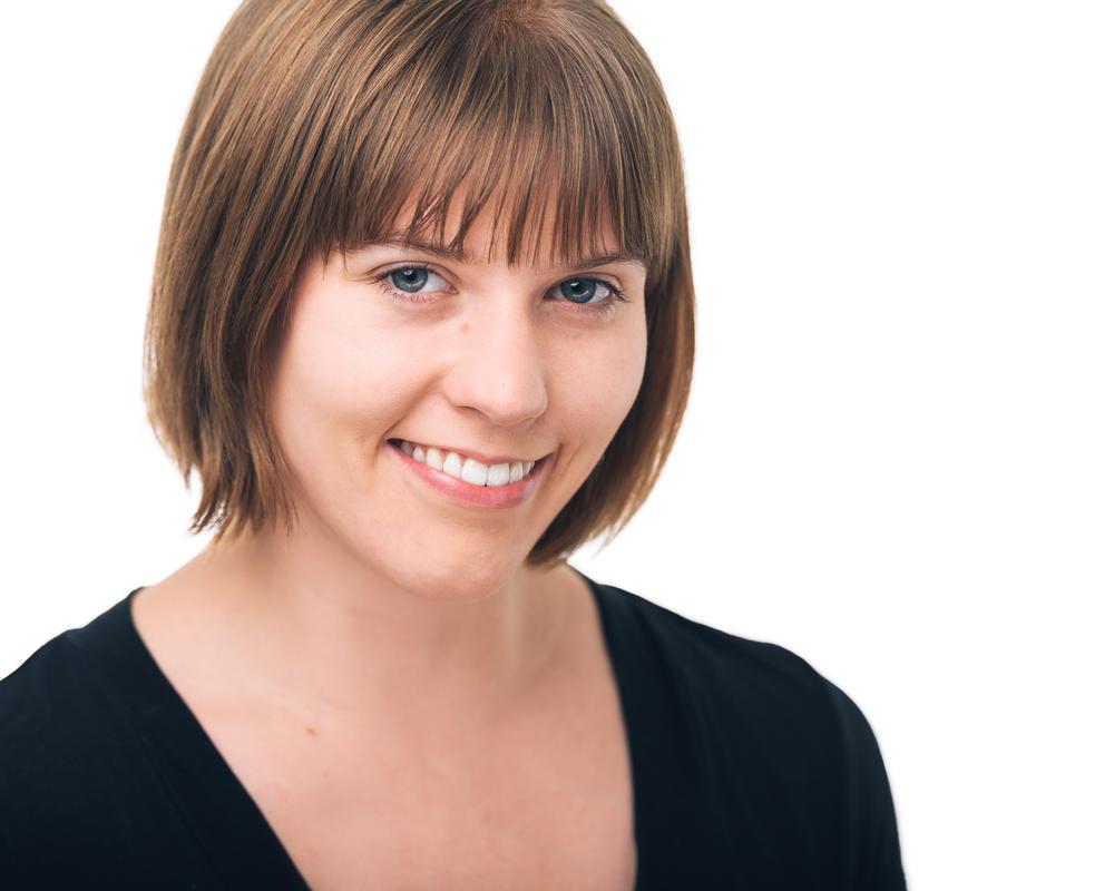 Gibney-Dancer-headshot-Kayla-Radomski.jpg