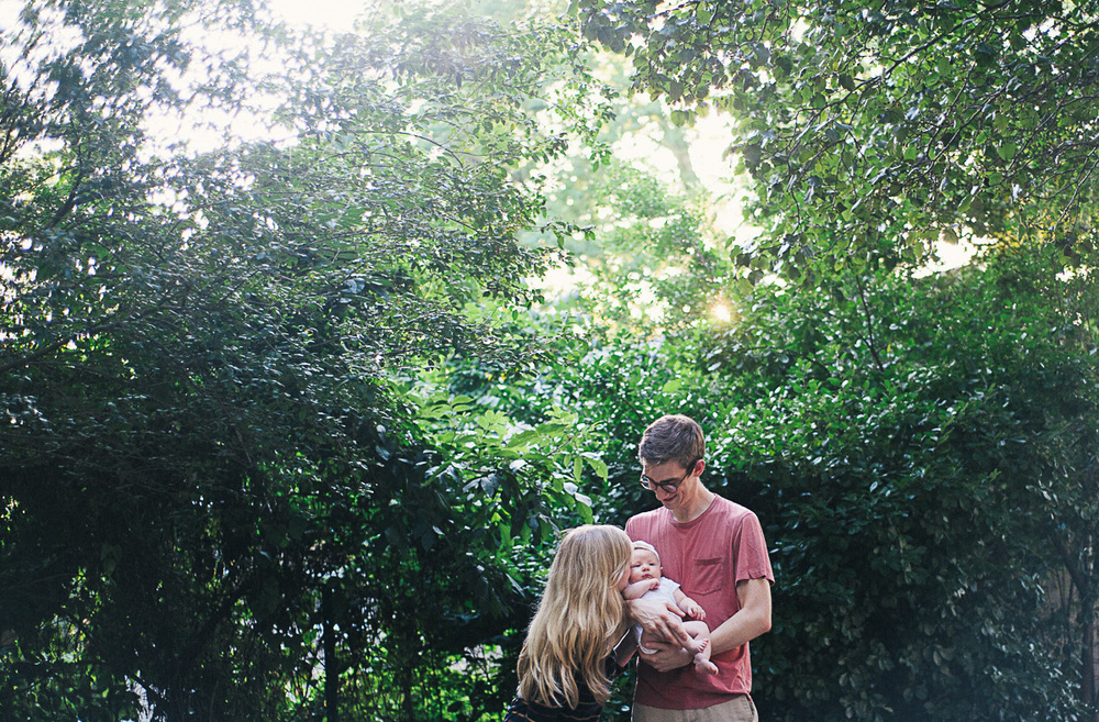 savannah-family-photographer-savannah-lifestyle-family-photographer-family-photographer-in-savannah-georgia-photographer-on-tybee-island (37 of 44).jpg