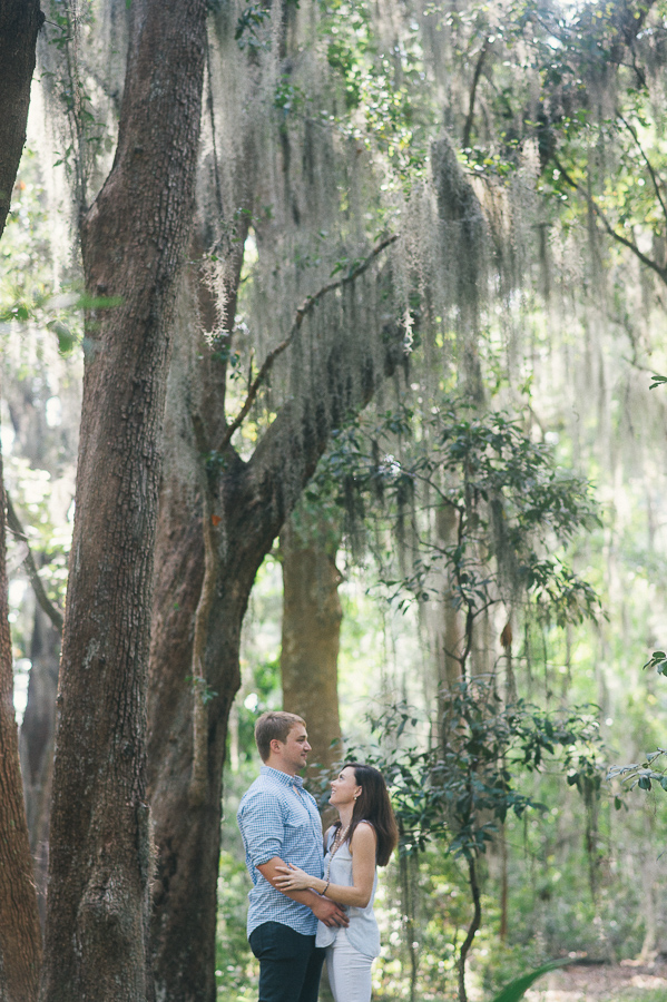savannah-engagement-session-on-skidaway-island-savannah-downtown-photos-savannah-engagement-photographer-engagement-photographers-in-savannah-georgia-engagement-photographers-in-savannah-downtown