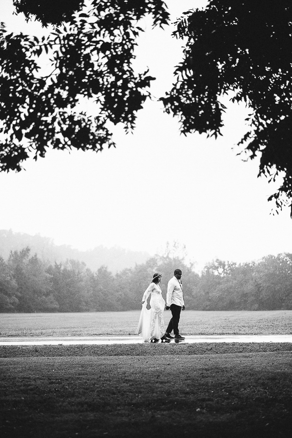 chelsea-and-ainsworth-jackson-pulaski-tennessee-farm-wedding-m-newsom-photography (418 of 702).jpg