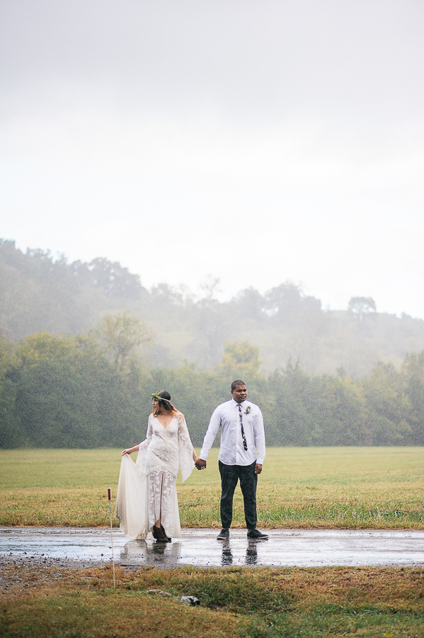 chelsea-and-ainsworth-jackson-pulaski-tennessee-farm-wedding-m-newsom-photography (422 of 702).jpg