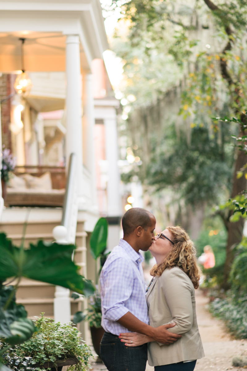 m-newsom-photography-savannah-engagement-photographer-forsyth-park-engagement-jones-street-engagement-session-savannah-georgia- (31 of 31).jpg