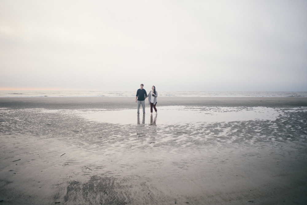 savannah-engagement-photographer-engagement-session-on-tybee-island-savannah-wedding-photographer-tybee-island-wedding-photographer