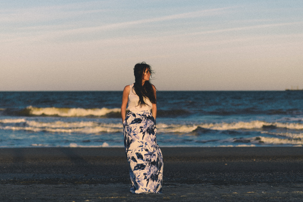 savannah-portrait-photographer-savannah-small-business-photographer-tybee-island-wedding-photographer-keli-brown-photographer-ava-nacturnal- (41 of 63).jpg