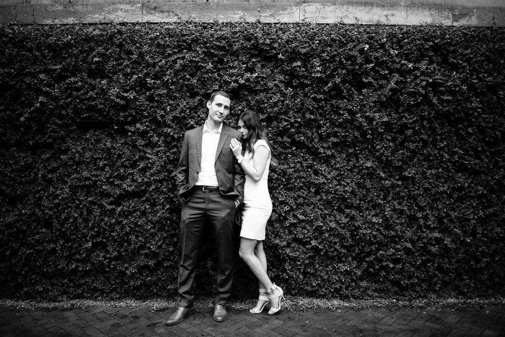savannah-engagement-photographer-engagement-photographer-in-savannah-downtown-savannah-engagement-session-savannah-elopement-photographer- (37 of 38).jpg