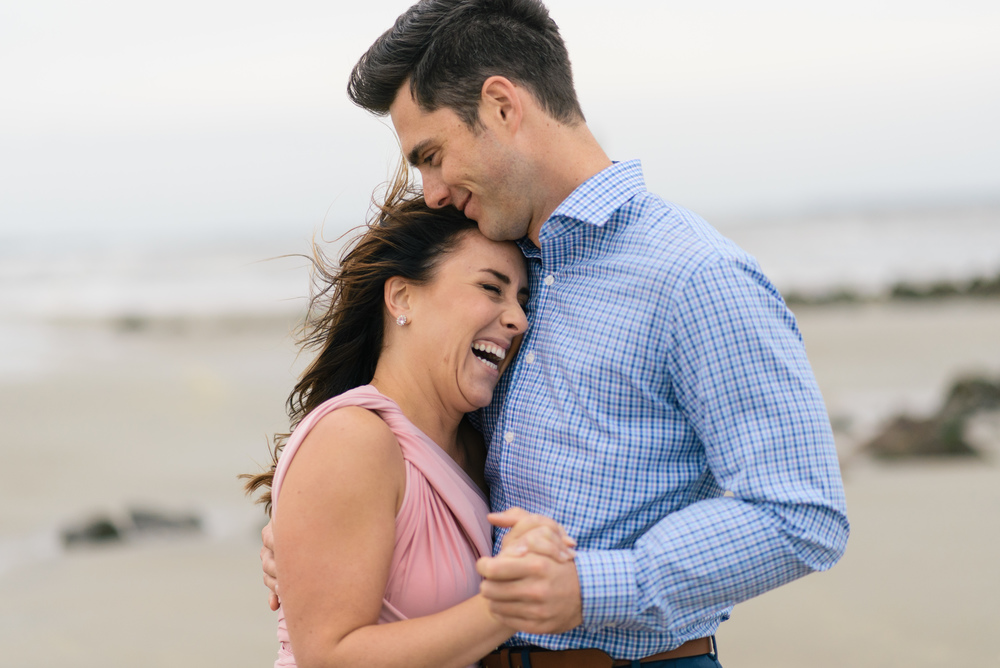 brownlyn-and-zach-tybee-island-engagement-session-april-2016-m-newsom-photography- (203 of 263).jpg