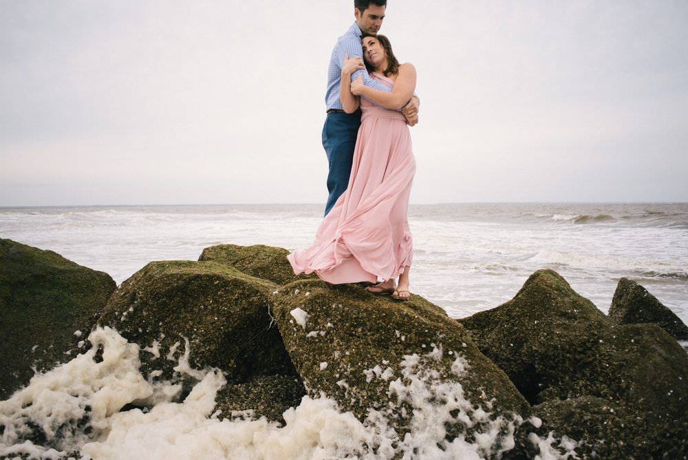 savannah-engagement-photographer-engagement-photographers-in-savannah-georgia-low-country-engagement-photographers-tybee-island-georgia-engagement-session-tybee-engagement-photographer