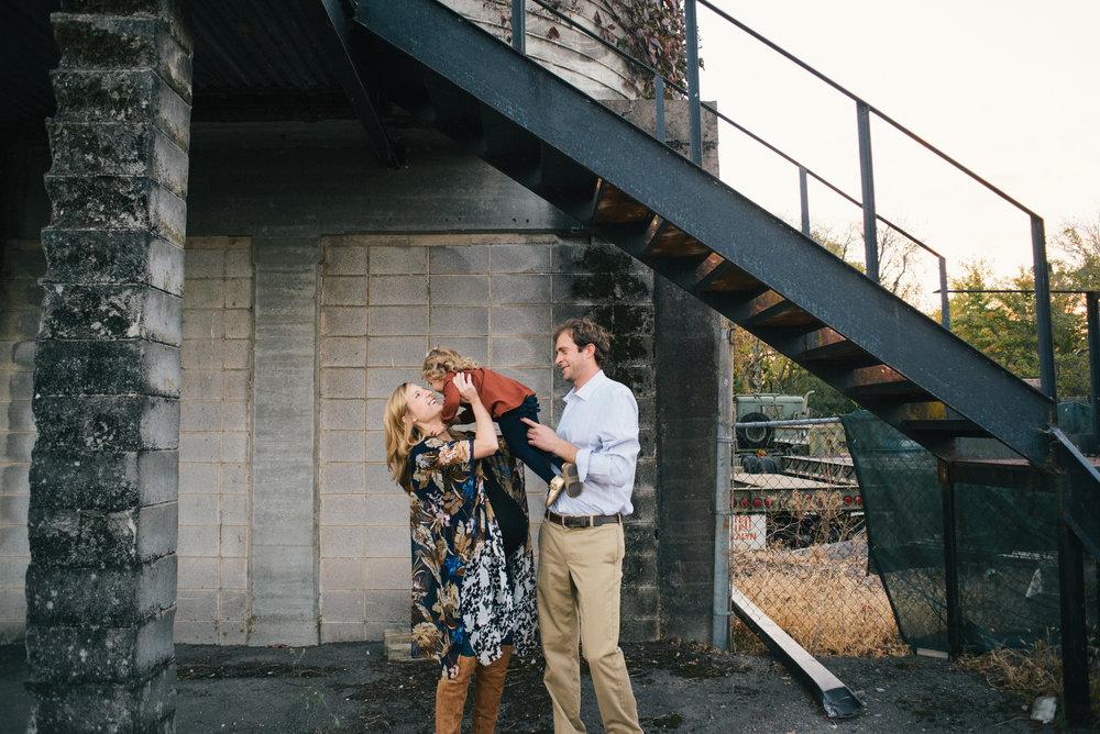 oliver-family-maternity-guntersville-alabama-november-2016- (46 of 164).jpg