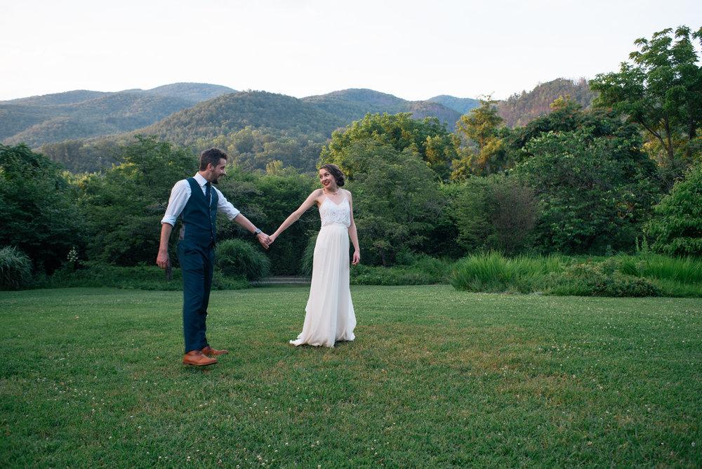 lauren-and-tim-north-carolina-wedding-meg-hill-photo- (1198 of 1087).jpg
